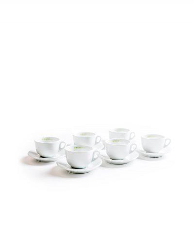 Mehrere Cappuccinotassen Unterteller Porzellan